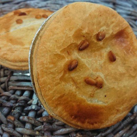 Pom-Pie Lunchbox, Linzencurry (Vegan) - Spinazie Feta (Vegetarisch)