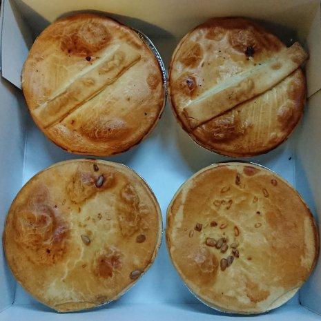 Pom-Pie Lunchbox, Steak & Guinness - Kip Champignon